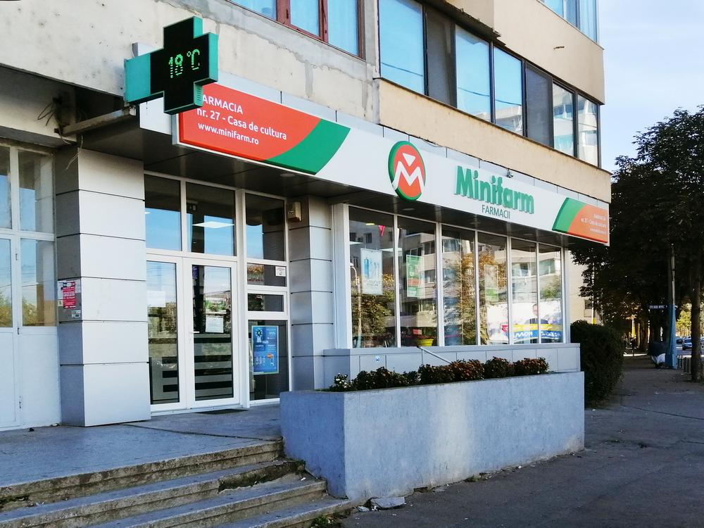 """Farmacia """"Casa de Cultura"""""""